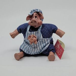 Russ Berrie K Kelly #2641 Country Pigletta mother pig w baby